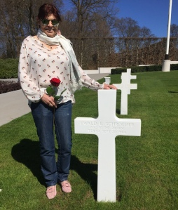 Nicole at Ewald grave 15 April 2015